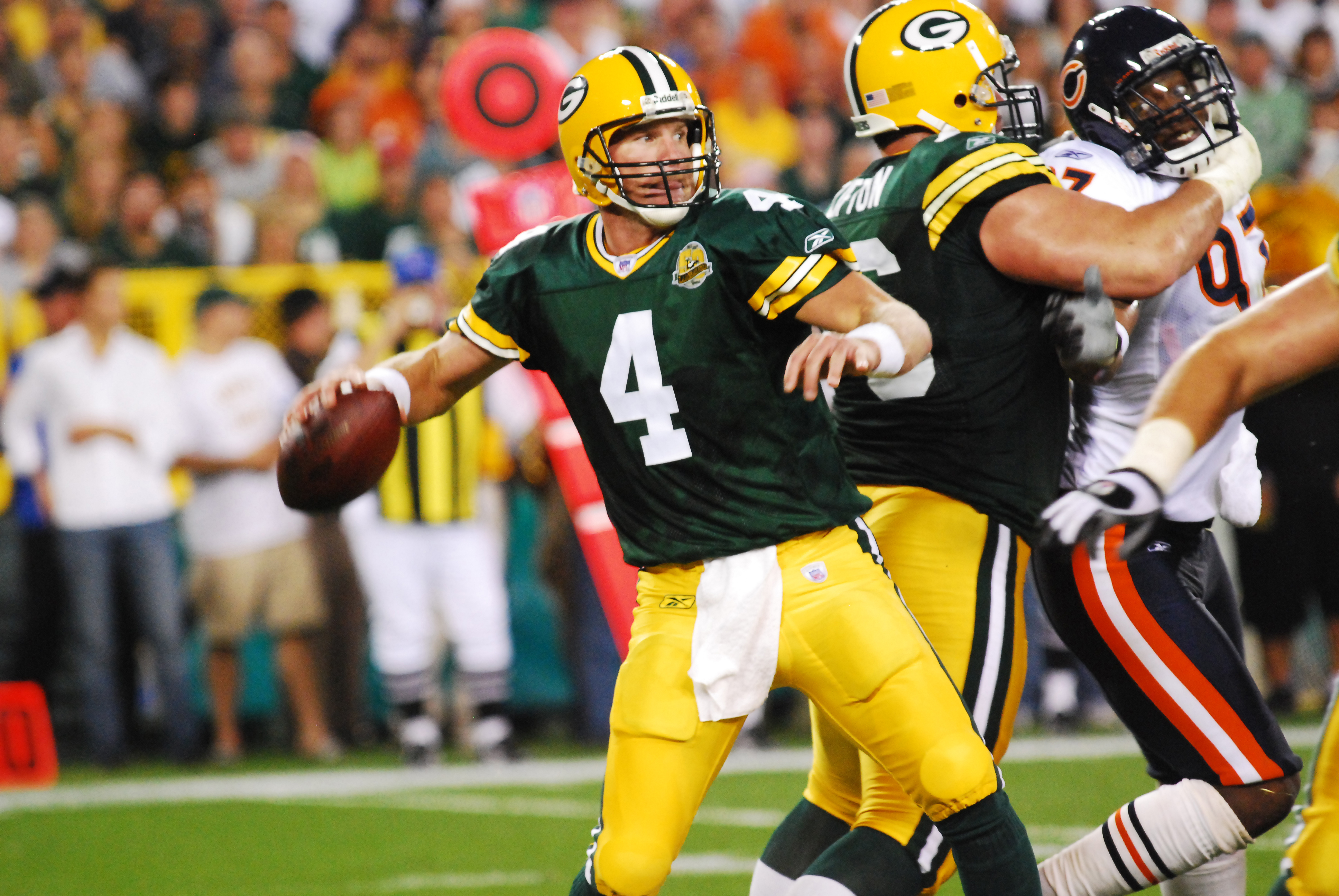 6fc3b002b4a Brett Favre will have his No. 4 jersey retired on Thanksgiving night. (Photo