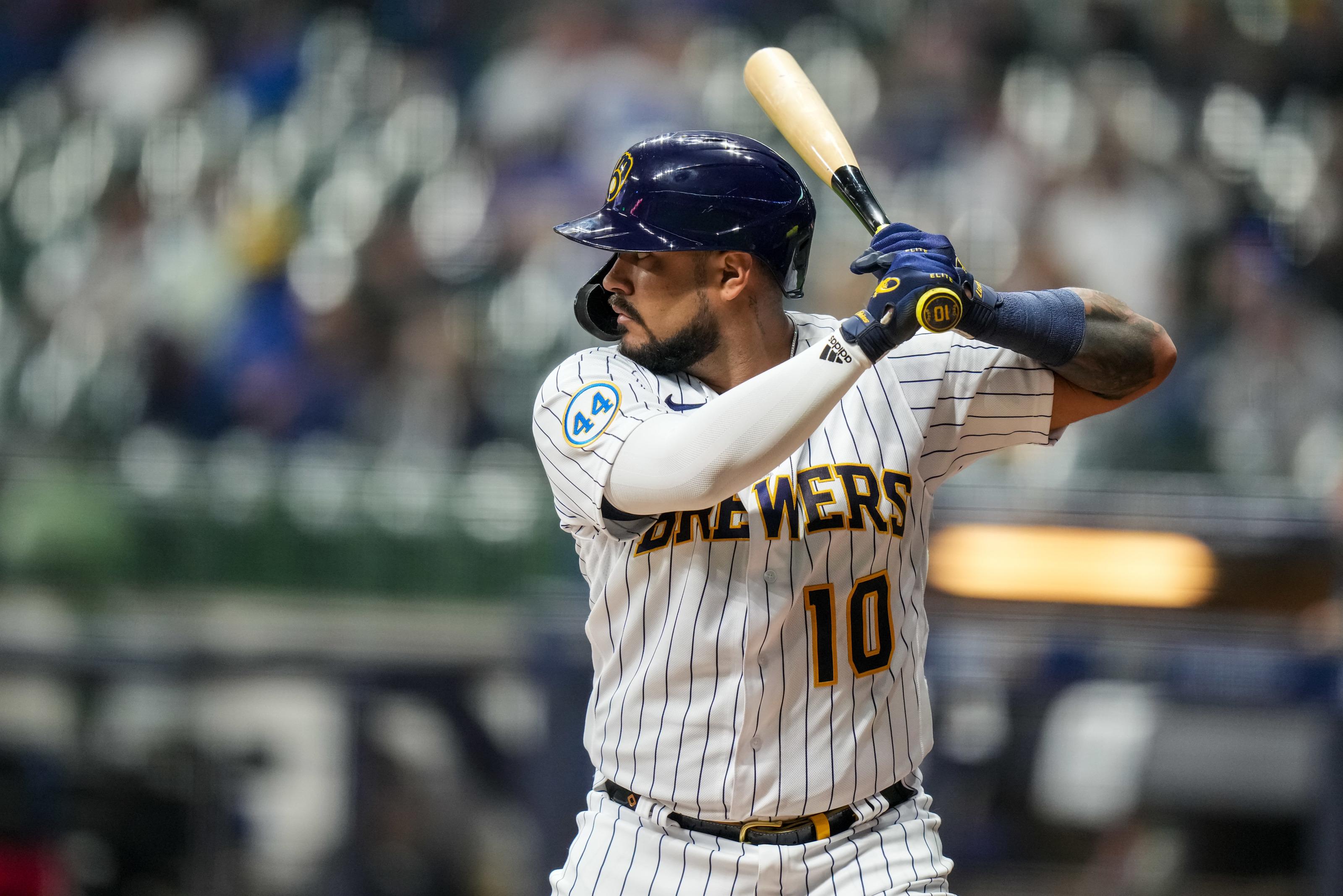Brewers: Omar Narvaez Bright Spot in Milwaukee Lineup