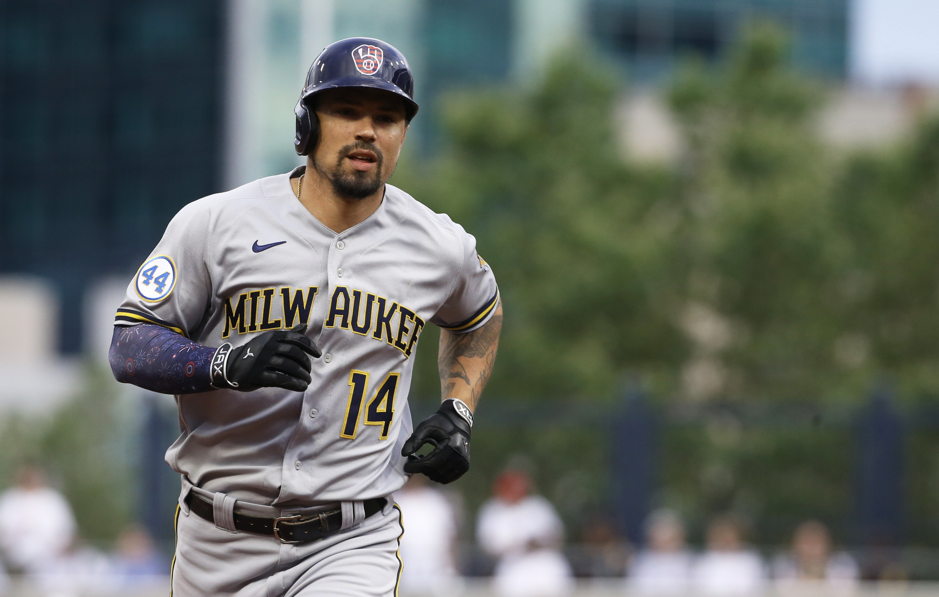 Milwaukee Brewers Jace Peterson Providing Surprising Boost to Offense